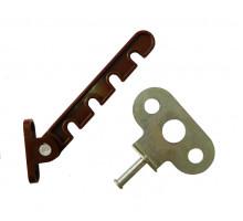 Оконная гребенка пластиковая коричневая (крепление под ручку)